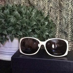 BCBG  never worn sunglasses